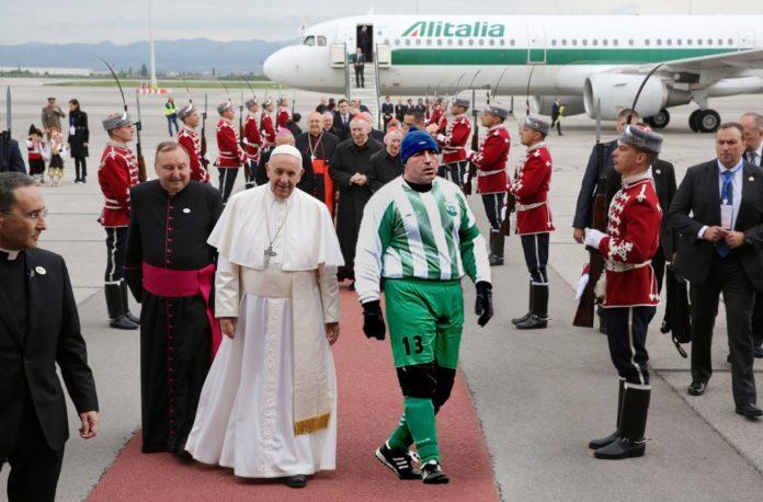 Бойко Борисов посреща папата