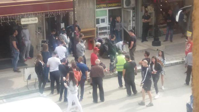 Туристи задържаха крадла