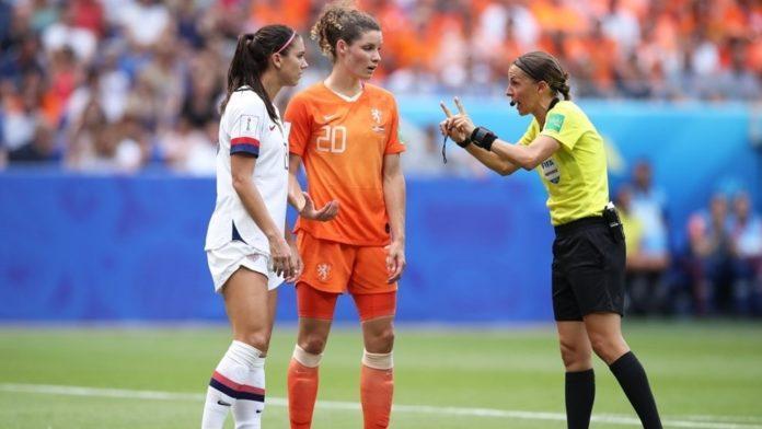 Стефани. Снимка: UEFA